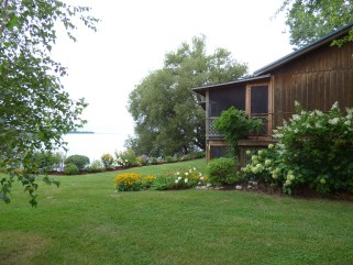 96 14th line rd, Wolfe Island Ontario, Canada